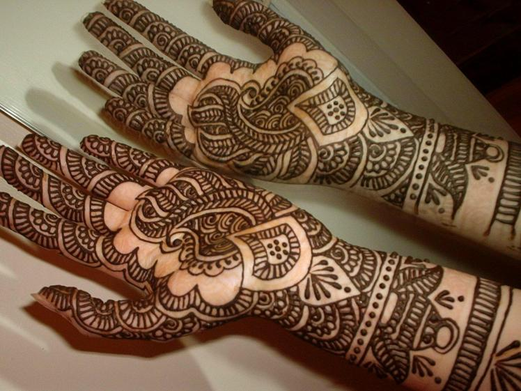 Stunning-Henna-Tattoo-Ideas-1
